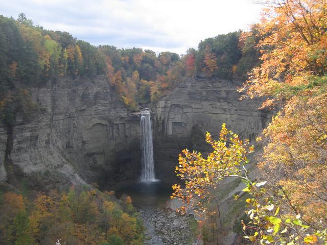 Taughannock-Falls-10152006.jpg