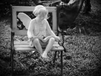 angel-reading