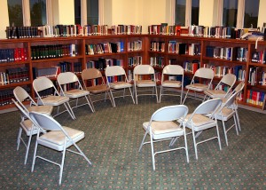 chairs-358404_1920