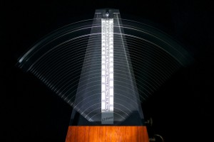 metronomes-812679_1280